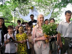 jane Goodall with volunteers in her Roots and Shoots program, which engages children in solving social and environmental problems.